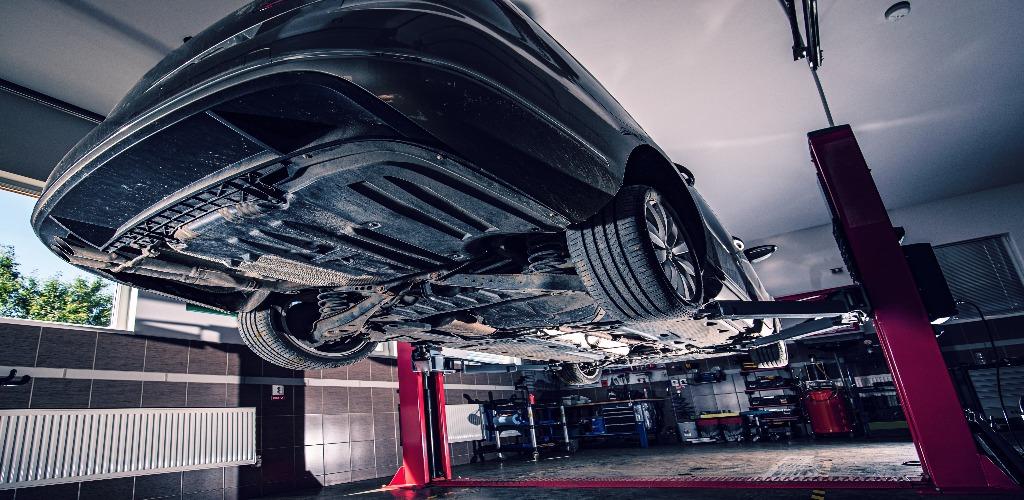 manutencao-veicular-cheklist-servicos-produtos-automotivos-profissionais-brazzo-elevador-oficina